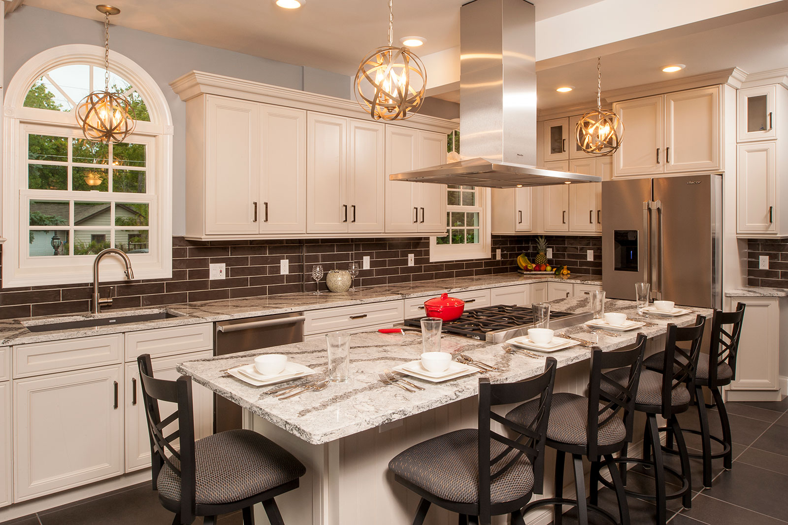 Charmant Classic Meets Current Kitchen Remodel And Design